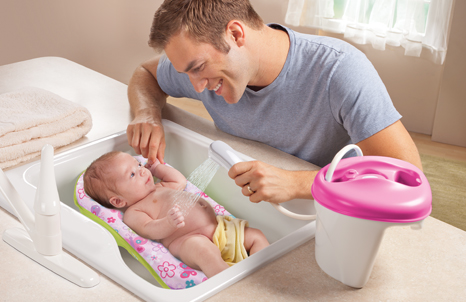 bathing your newborn